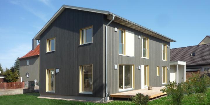 Holzhaus Halle (12)